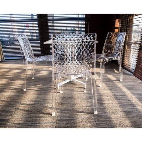 Hypnotic átlátszó szék